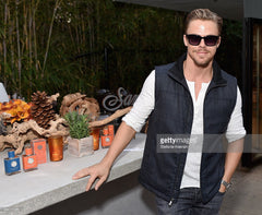 Derek Hough in Sama