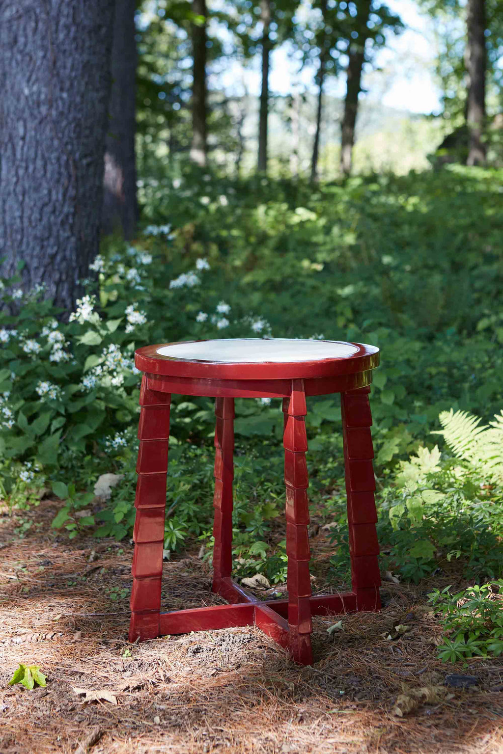 mateo drinks table (red)