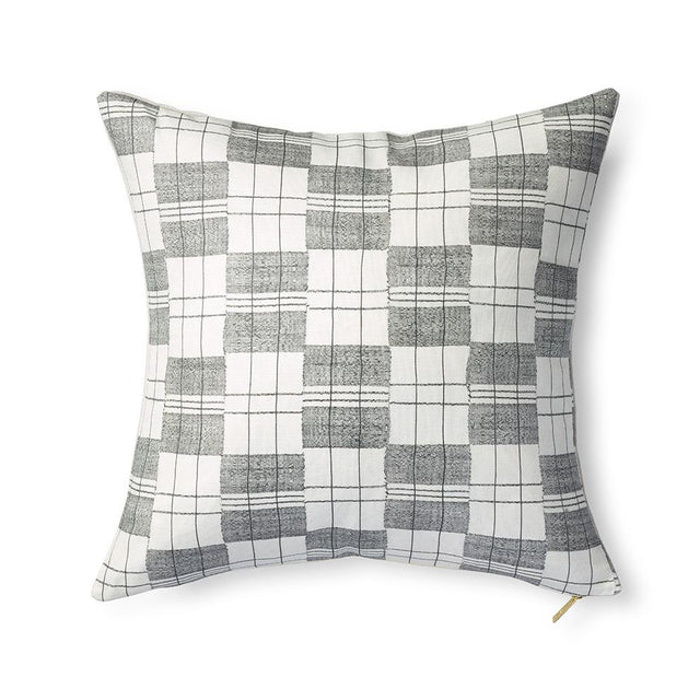 Mossi - Throw Pillow