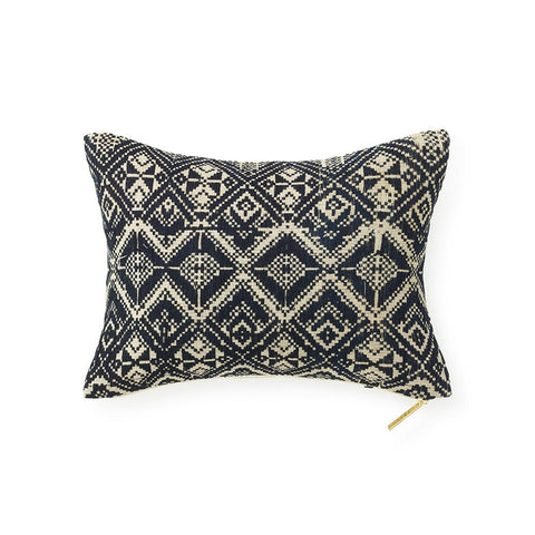Muong XXIII - Lumbar Pillow