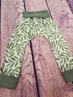 Grow with me pants- Leafy Green