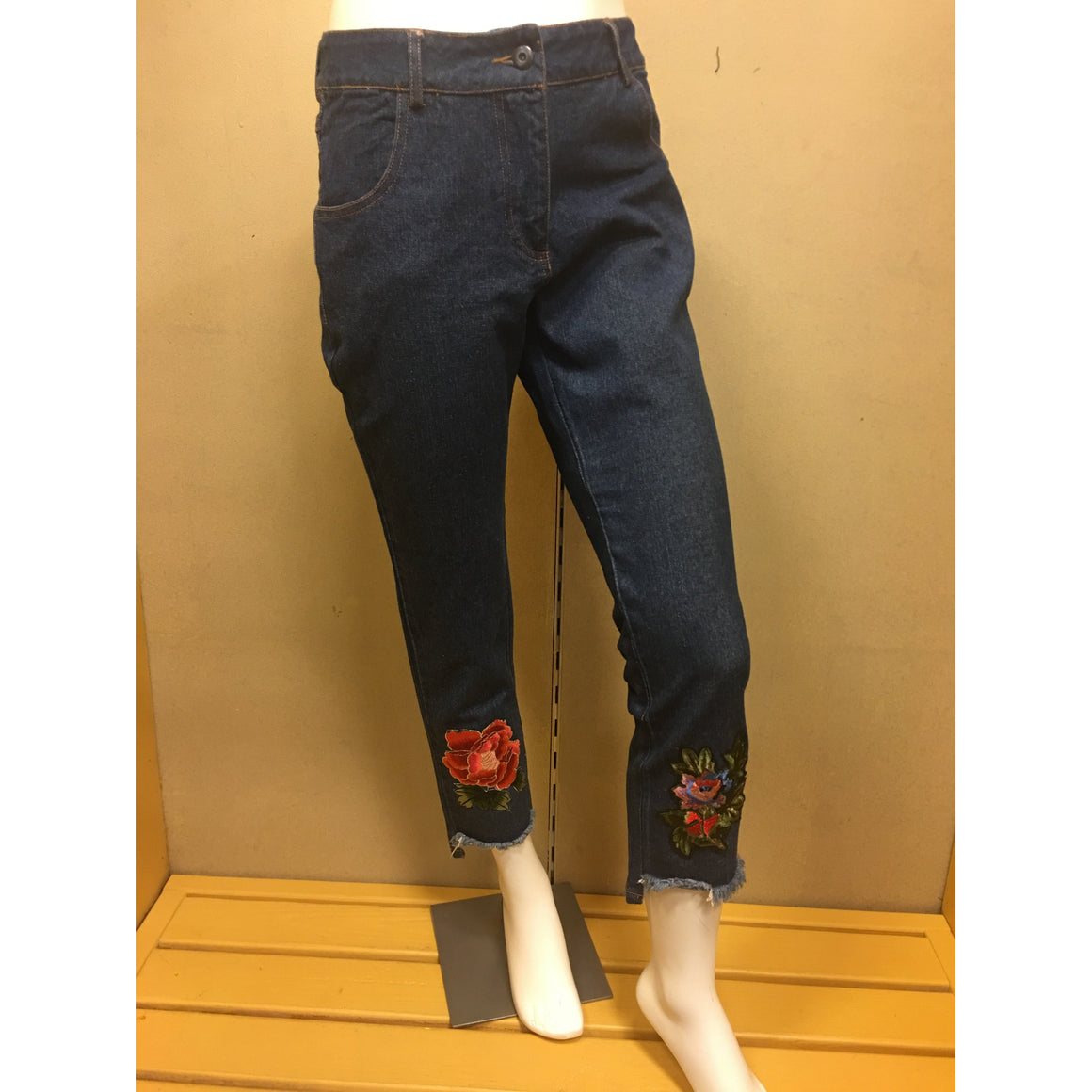 Denim Jeans w/printed Leg Design