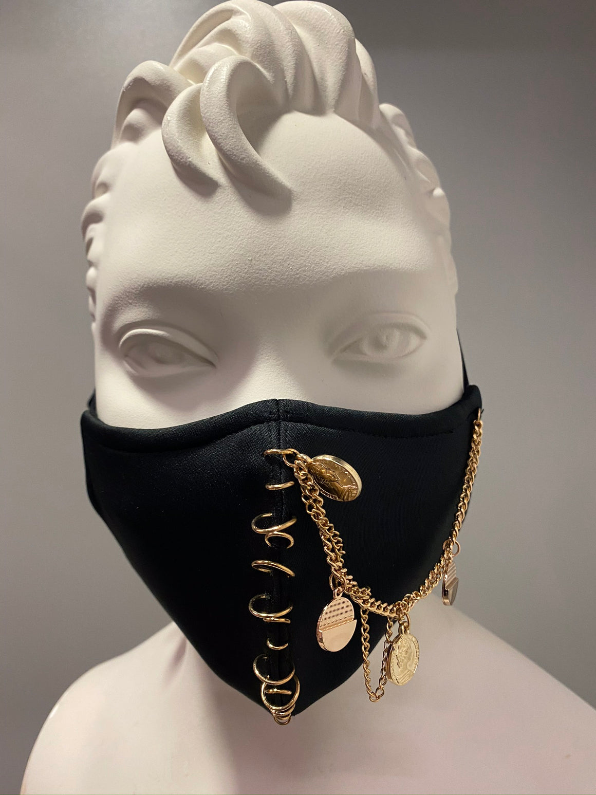 The Chain Face Mask