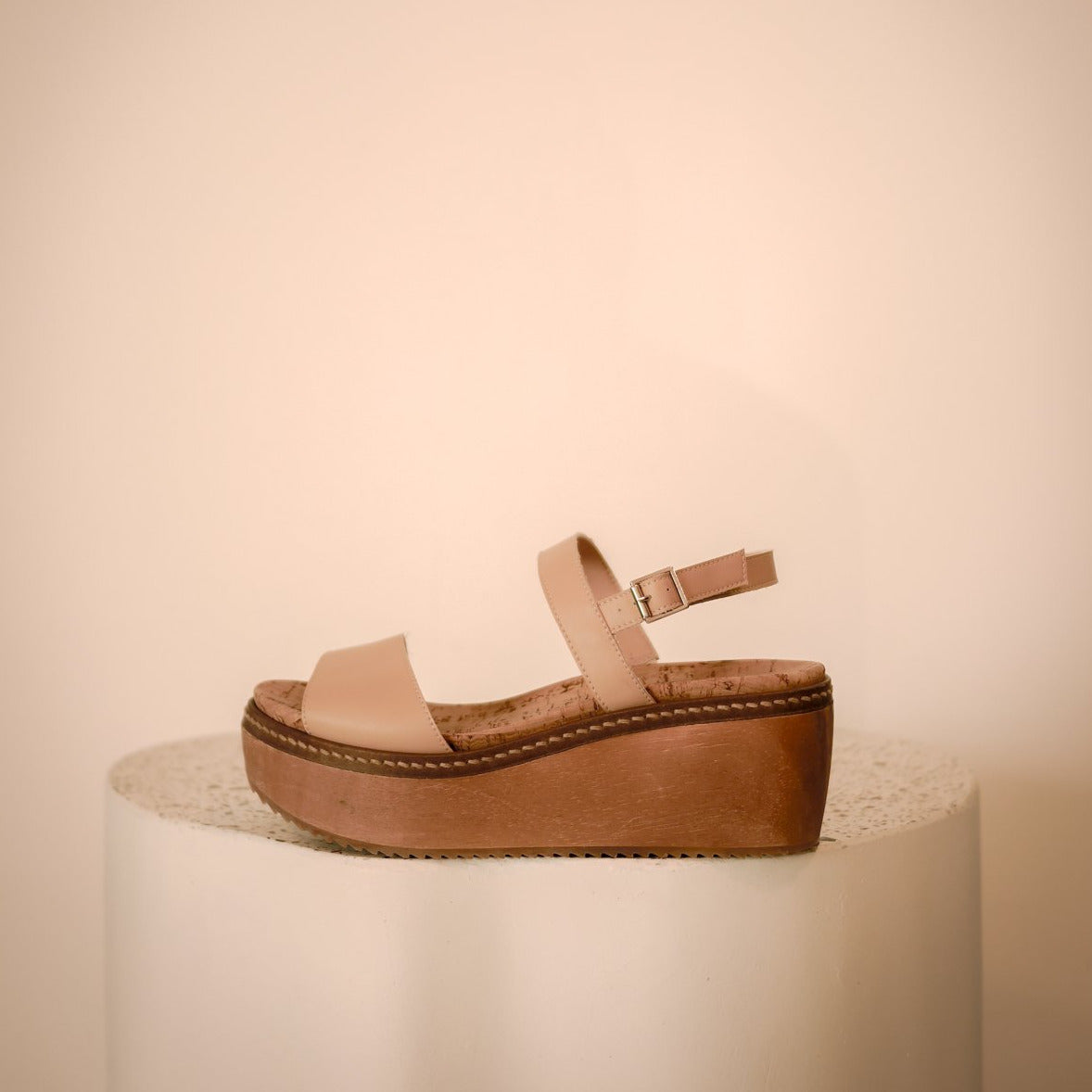 LILA WOOD CLOG