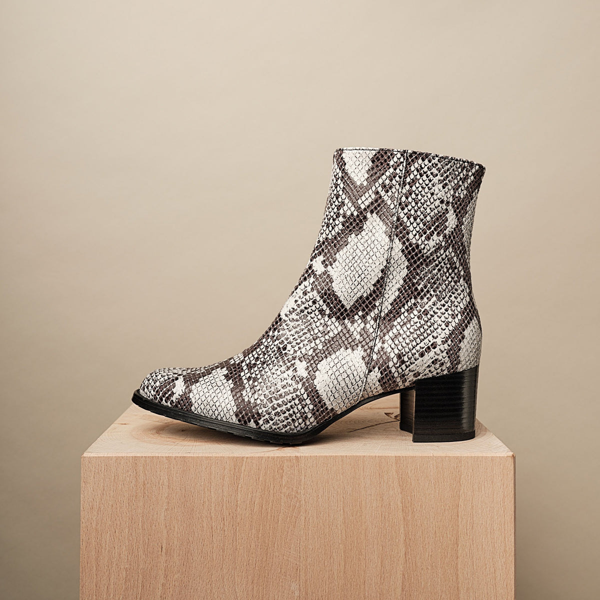 PATTI ANKLE BOOTIE