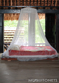 The Gadabout Permethrin-Treated Mosquito Net