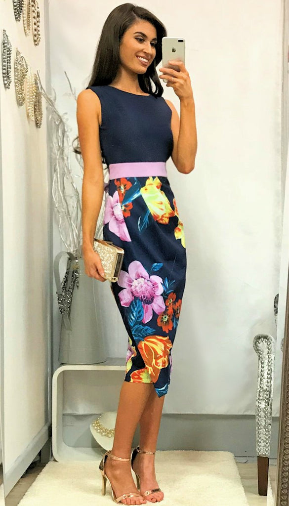 5066 Rouched Navy Floral Contrast Dress