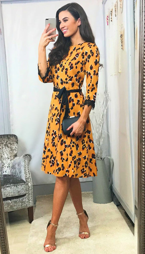5-5725 - (SIZE 10,16) - Nora Mustard Print Flare Dress