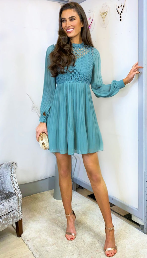 6098 - (SIZES 12,14,16) - Kaitlyn Crochet Pleat Mini Dress