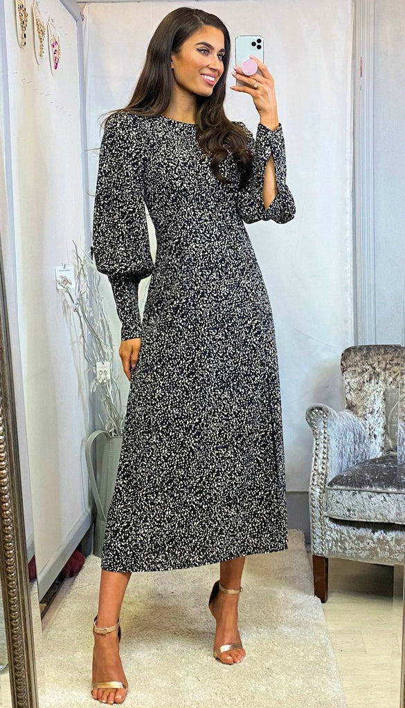 6130 Tally Black Cuffed Sleeve Midi Dress