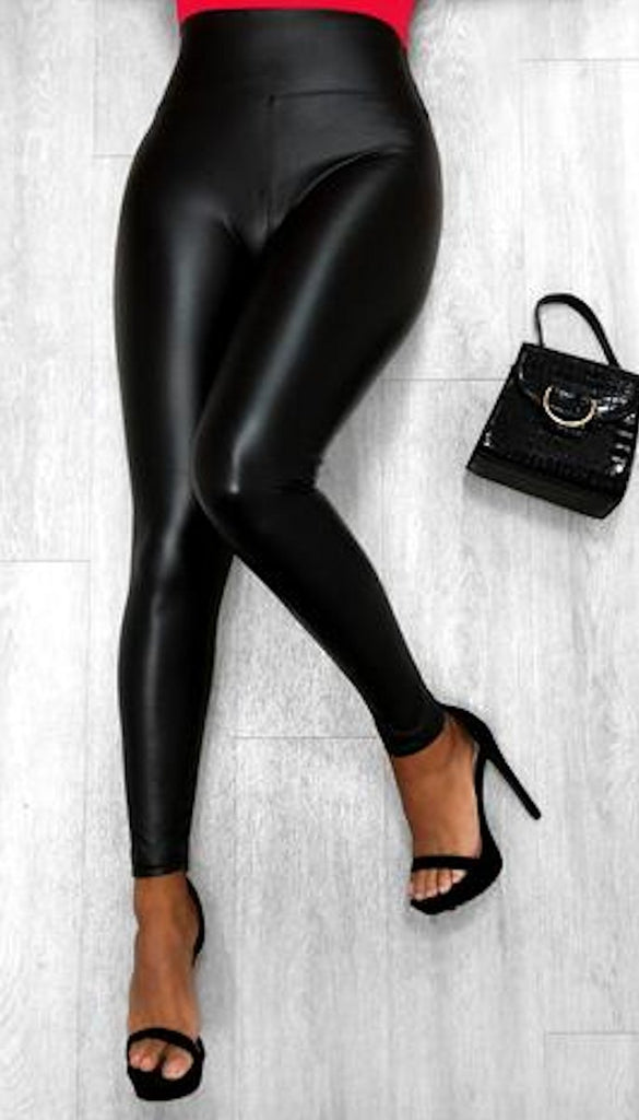 6900 Black Leather Look Leggings