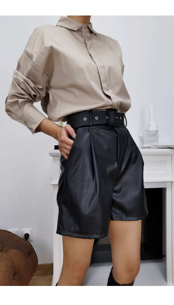 7044 Black Faux Leather Shorts