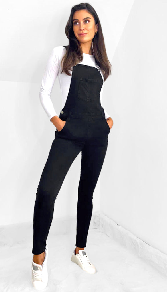 7543 - (SIZE 6 ONLY) - Black Denim Dungarees
