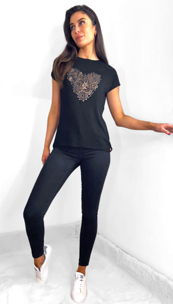 7548 - (SIZES 8,10 ONLY) - Black Georgie Heart T'Shirt