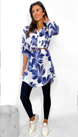 7581 Daphne Blue Floral Top