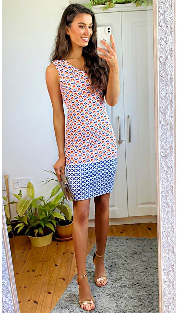 5-6352 - (SIZES 18,20 ONLY) - Cleo Vibrant Print Tunic Dress