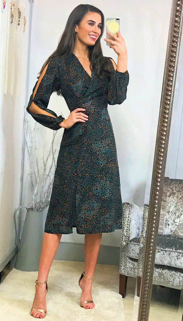 5813 Bertha Leopard Slit Sleeve Dress