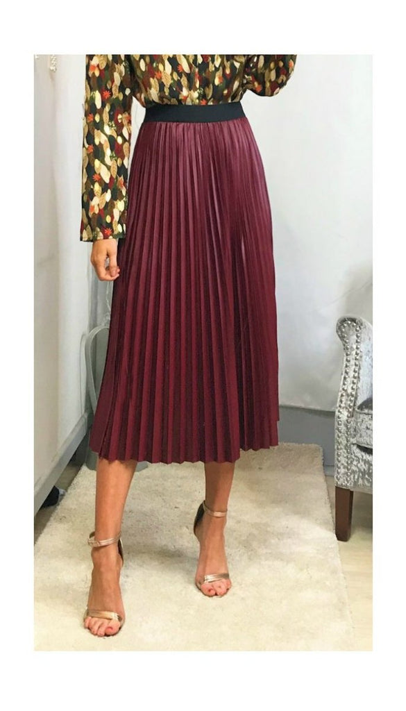 5916 Rhianna Pleat Burgundy pvc Skirt