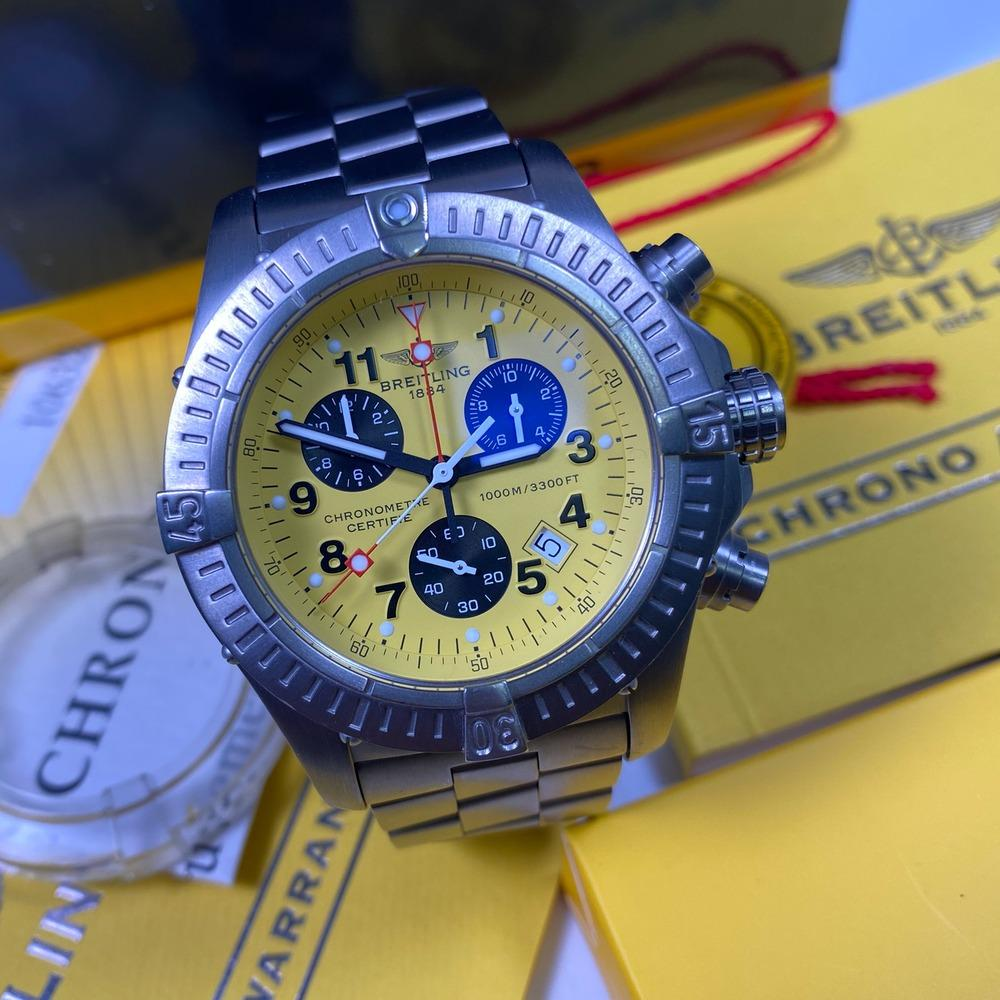 Breitling Chrono Avenger M1 E73360 - Swiss Watch Trader