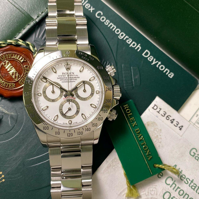 Rolex Daytona 116520 •WHITE DIAL• (2005 - D Serial) - Swiss Watch Trader