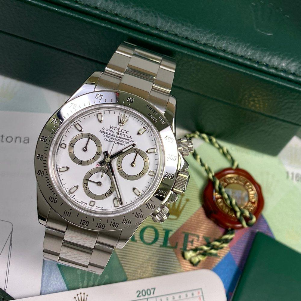Rolex Daytona 116520 •WHITE DIAL• (2006 - D Serial) - Swiss Watch Trader