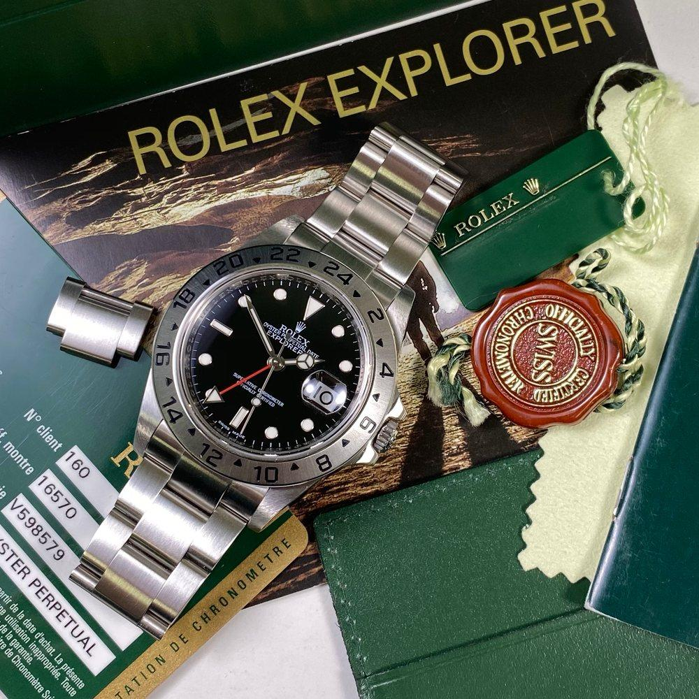 Rolex Explorer II 16570 •3186 MOVEMENT• (2013 - V Serial) - Swiss Watch Trader