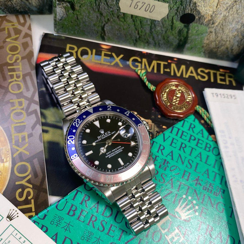Rolex GMT Master 16700 Pepsi (1997 - T Serial) - Swiss Watch Trader