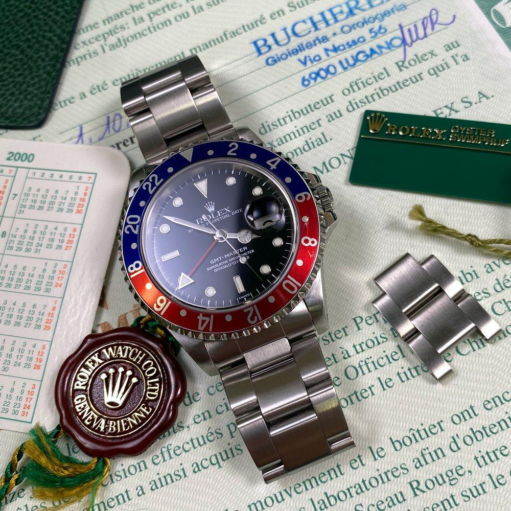 Rolex GMT Master 16700 Pepsi •SWISS DIAL• (1999 - A Serial) - Swiss Watch Trader