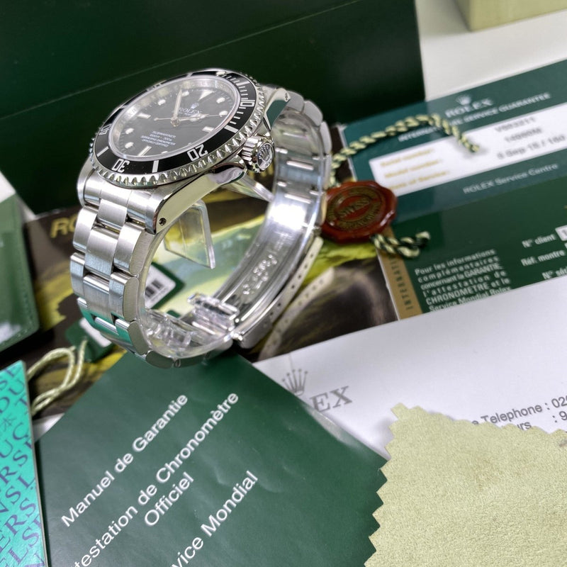 Rolex Submariner 14060M (2009-V) - Swiss Watch Trader
