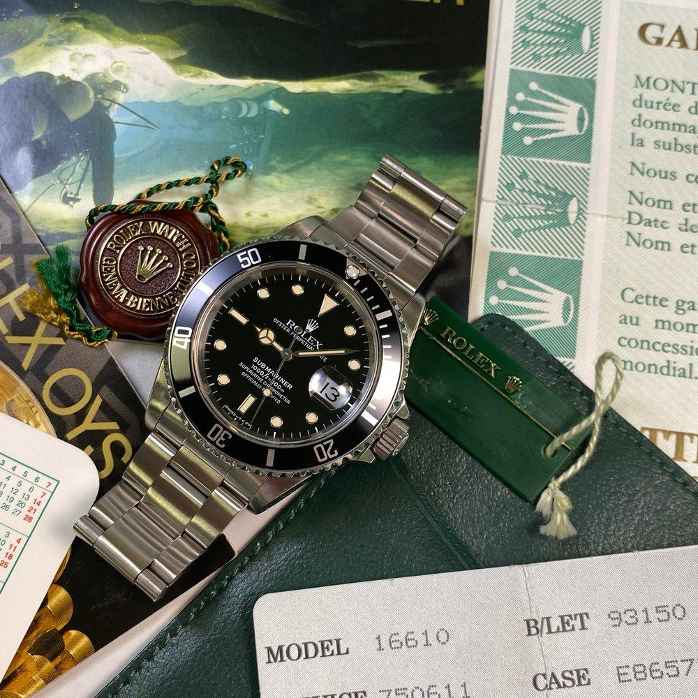 Rolex Submariner 16610 Date •Tritium Dial• (1990 - E Serial) - Swiss Watch Trader