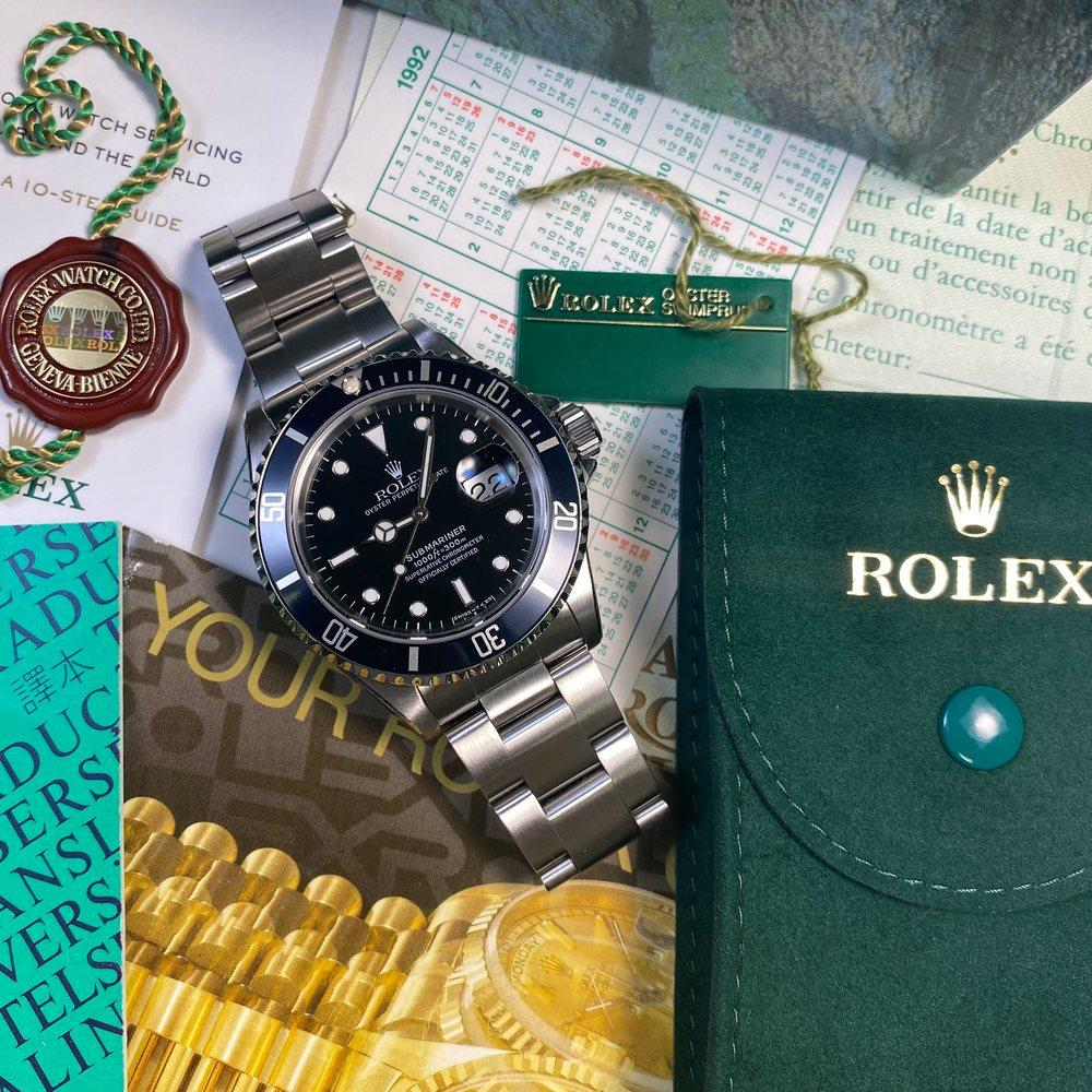 Rolex Submariner 16610 Date •Tritium Dial• (1993 - X Serial) - Swiss Watch Trader