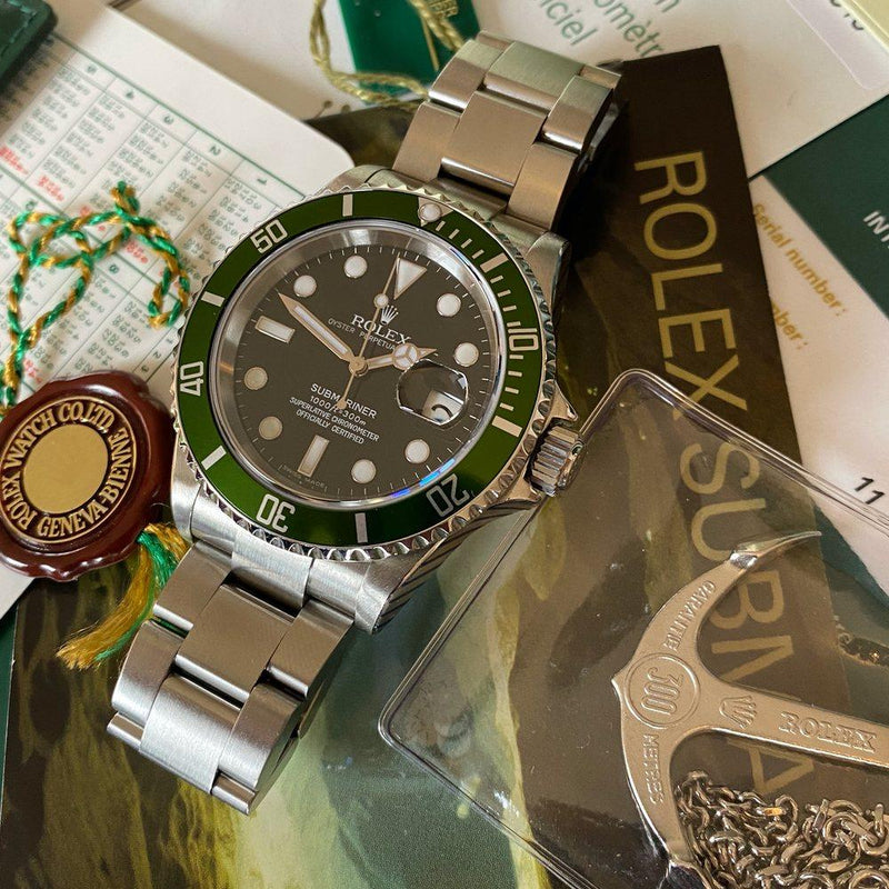 "Rolex Submariner 16610LV ""Kermit"" •SERVICED• (2006-D) - Swiss Watch Trader"