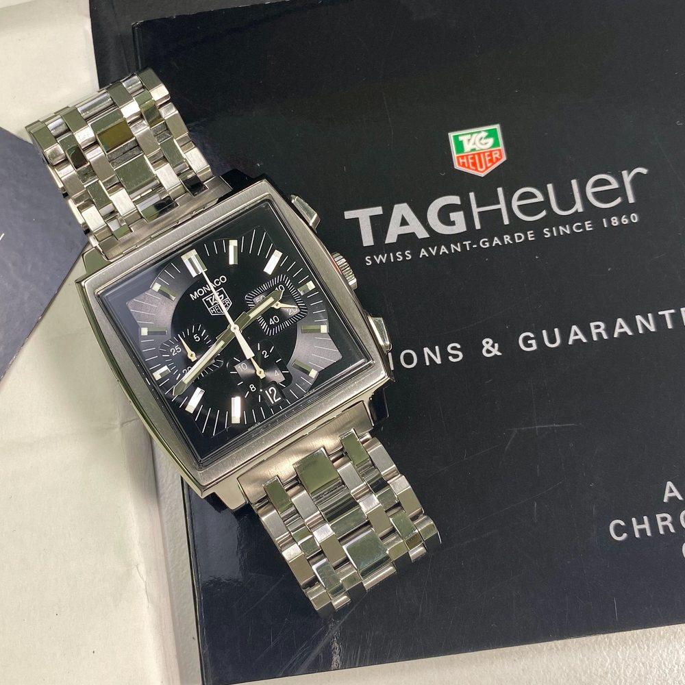 Tag Heuer Monaco CW2111 Calibre 17 - Swiss Watch Trader