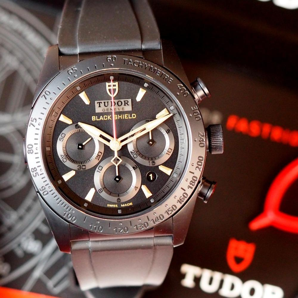 Tudor Fastrider Black Shield M42000CN