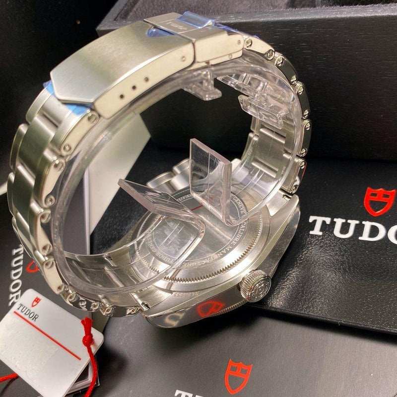 Tudor Heritage Black Bay GMT 79830RB