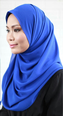 Karyanina Slip-on Instant Shawl in Royal Blue