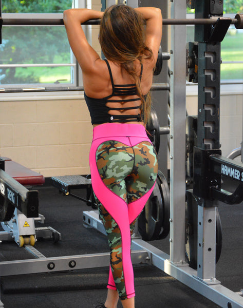 Heart Booty Camo Capri Leggings