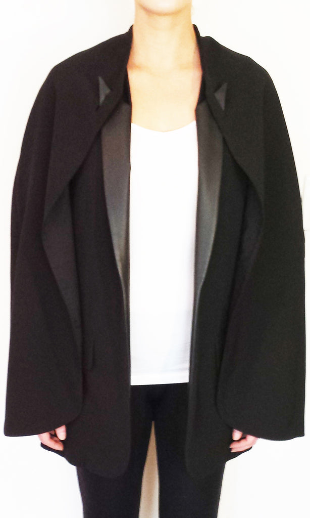 BELEOS CAPE - BLACK