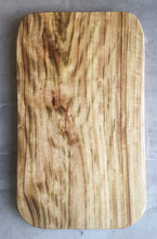Load image into Gallery viewer, Camphor wood chopping board