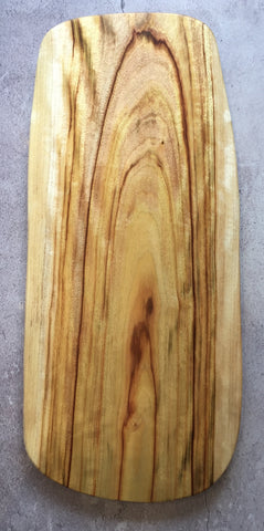 Wooden chopping and serving board - The Board V