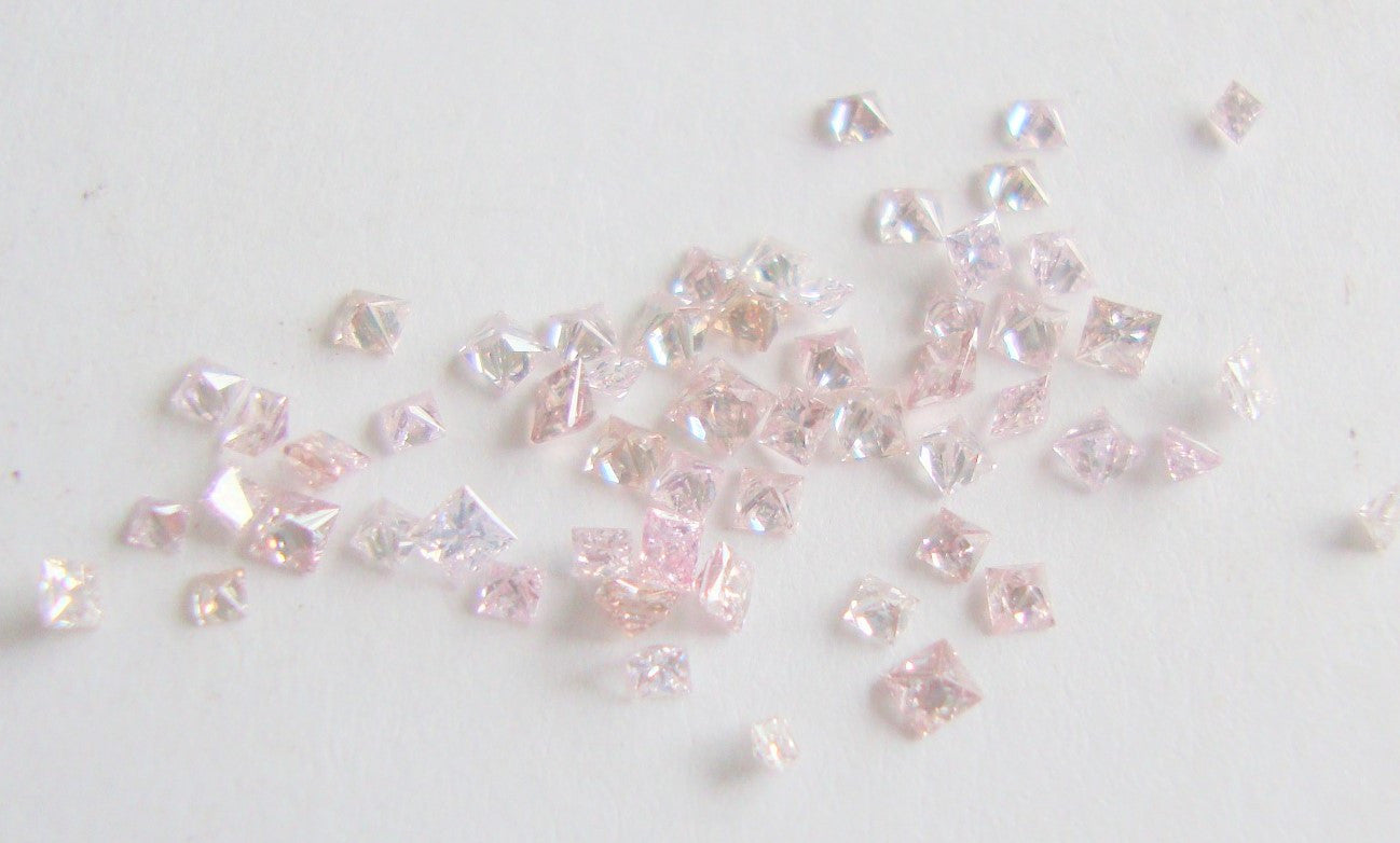 Melee Diamonds Pink