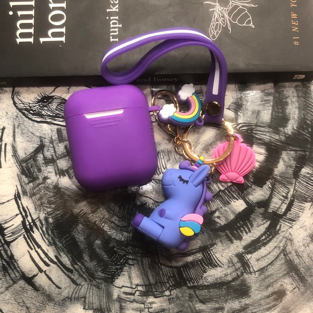 UNICORN  kEYCHAIN  SILICONE AIRPODS CASES FOR 1-2 - Hanging Owl