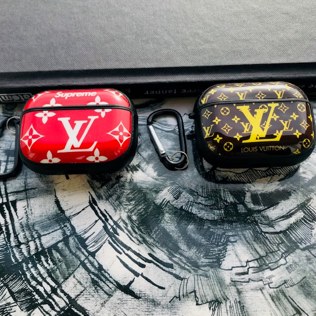 LV DESIGN GLOSSY SILICONE AIRPODS COVER FOR PRO - Hanging Owl