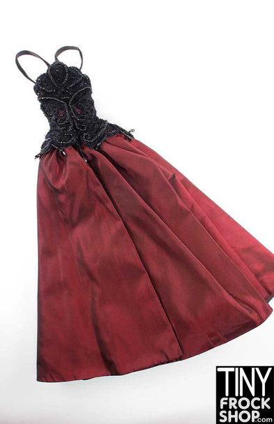 "16"" Madame Alexander Portrait Sitting Rich Iridescent Merlot Gown With Beading And Lace - TinyFrockShop.com"