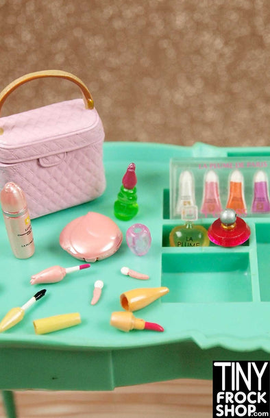 Barbie Re-Ment 12 Piece La Plume Cosmetic Set