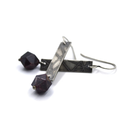 Strip Earrings (Long) in Garnet