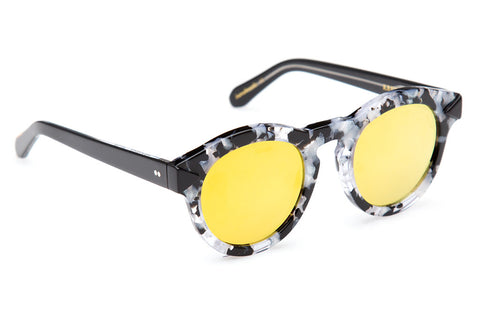 Expressing the eccentric style of the French Quarter, Toulouse's flat lenses, two-tone construction, and rounded, vintage-inspired shape evokes a soulful, offbeat vibe.  Free shipping and lifetime warranty.  Gold mirrored flat lens and handcrafted interstellar acetate frame.