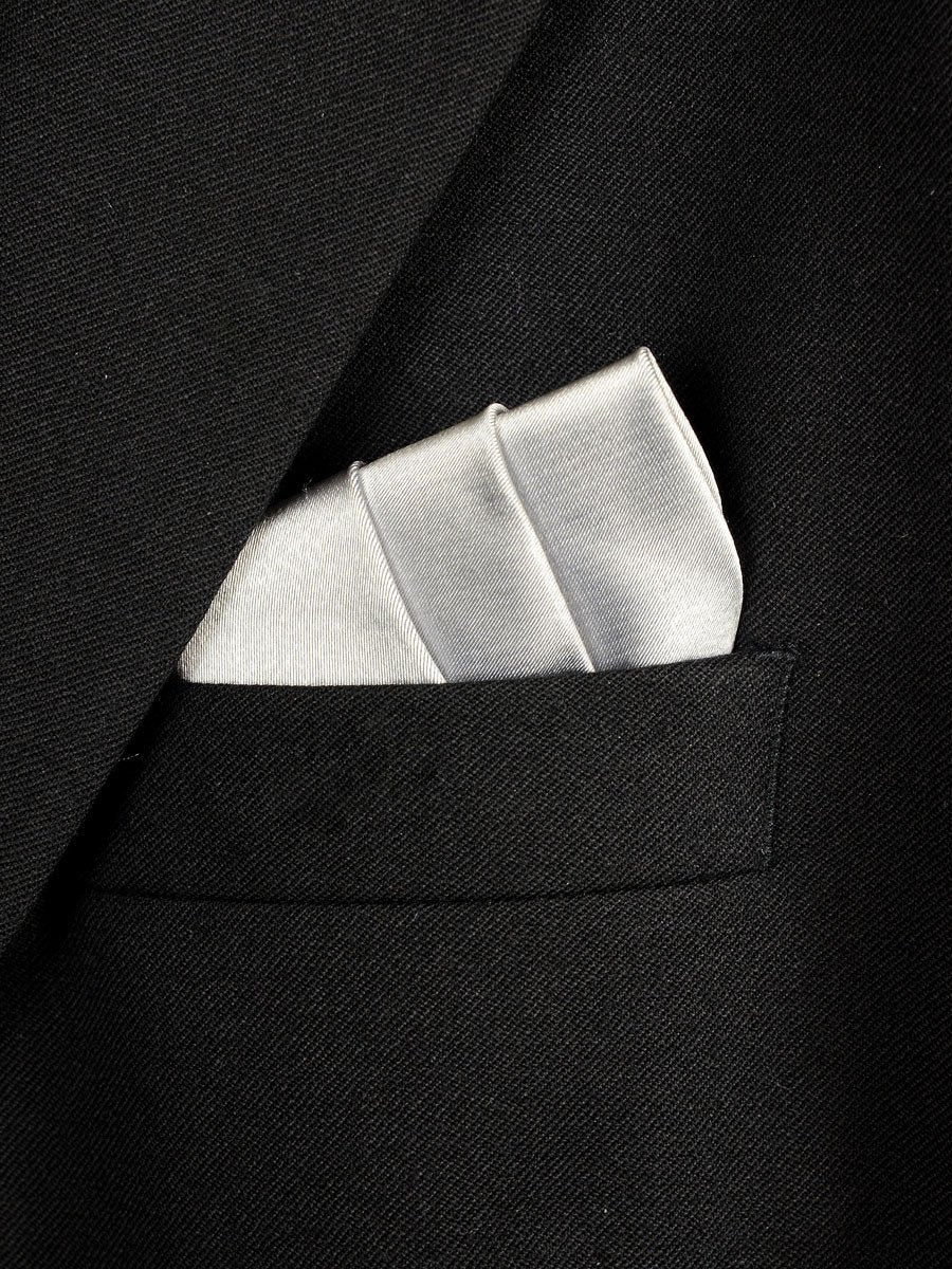 Boy's Pocket Square 18241 Silver Solid