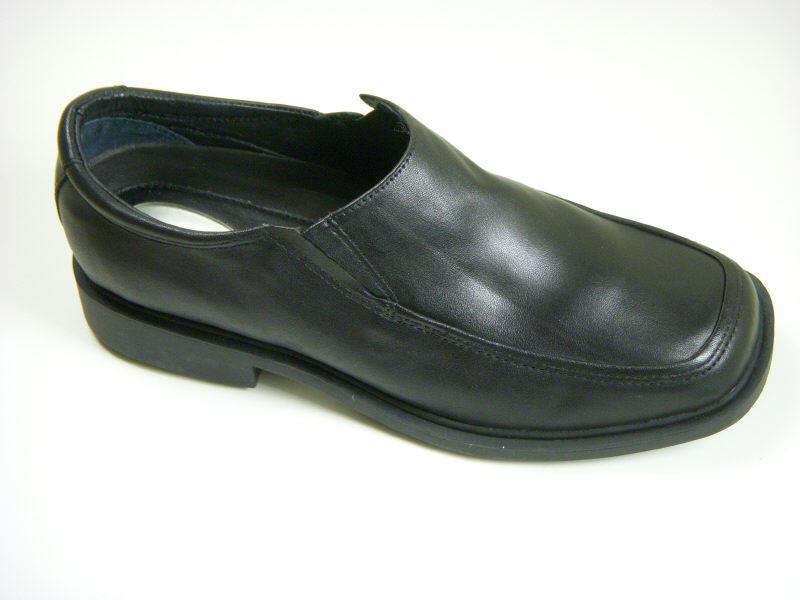 Reaction By Kenneth Cole 5187 Leather Boy's Shoe - Loafer - Black Boys Shoes Heritage House
