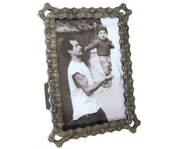 Bicycle Chain Picture Frame - handmade and recycled